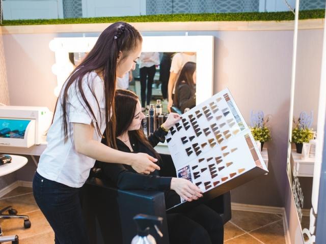 Окрашивание и восстановление волос